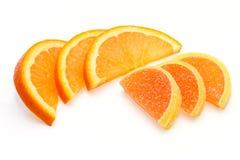 Les parts des sucreries d'orange et de gelée photographie stock libre de droits