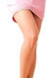 Les pattes de femme élégante photo stock