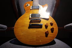 Les Paul Guitar - Gele I Stock Foto