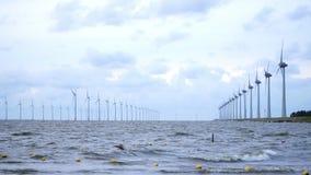 Les Pays-Bas : les générateurs de vent sont en Mer du Nord clips vidéos