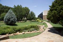Les paysages gentils conçoivent dans le cowboy national et le musée occidental l'Oklahoma d'héritage images stock