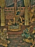 Les peintures murales de Ramayana de, étranger lutte les dieux et la chimère sur des murs de palais Bangkok, Thaïlande de rois photos libres de droits