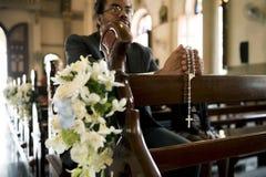 Les personnes d'église croient la confession religieuse de foi photographie stock libre de droits