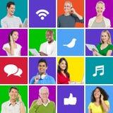 Les personnes diverses sur le fond coloré communiquent par l'intermédiaire de la mise en réseau sociale Photos libres de droits