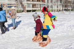 Les personnes russes célèbrent Shrovetide Images libres de droits
