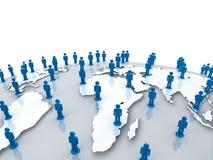 Les personnes sociales de réseau sur le globe du monde tracent au-dessus du blanc Photos libres de droits