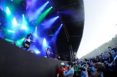 Les photographes prennent des photos du puits de photo dans un concert au festival 2013 de bruit de Heineken Primavera Photographie stock