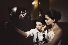 Les photographes prennent une photo Photos libres de droits