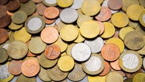 Les pièces de monnaie biélorusses sont sur la table Photo libre de droits