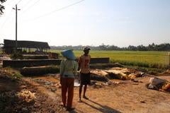 Les pierres conduisent à la construction dans Wonosobo Photographie stock