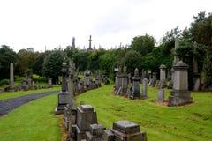 Pierres tombales à la nécropole de Glasgow Photo stock
