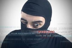 Les pirates informatiques indiquent un mot de passe Photos stock