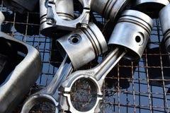 Les pistons pour le moteur photographie stock libre de droits