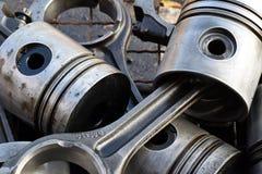 Les pistons pour le moteur images stock
