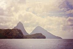Les Pitons au St Lucia photo stock