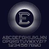 Les places ont modelé les lettres et les nombres argentés avec le monogramme d'E Photo libre de droits