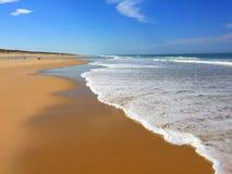 Les plages atlantiques énormes de la péninsule occidentale du sud de Cap Ferret de Frances, France occidentale du sud Photographie stock libre de droits