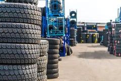 Les pneus d'actions Images stock