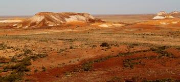 Les points d'interruption Bredouillez les plaines et les puits de mica de l'Australie du sud Photo stock