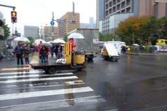 Les poissons transportent en charrette au marché de Tsukiji Photos libres de droits