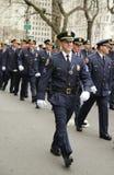 Les policiers du comté de Nassau marchant au jour de St Patrick défilent Photo stock