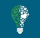 Les polygones de pensée de symbole conçoivent dans la forme d'ampoule, concept d'eco, jour d'environnement du monde Photo libre de droits