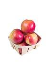 Les pommes mûres et juteuses s'étendent dans un panier Régime de vitamine pour la perte de poids Photo libre de droits