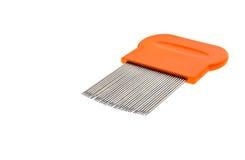 Les poux peignent pour le traitement de élimination à la maison de poux d'isolement sur le blanc Photo stock