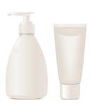 Les produits de beauté savonnent et gélifient des conteneurs Photographie stock libre de droits
