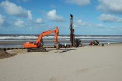 Les protections côtières de construction Image stock