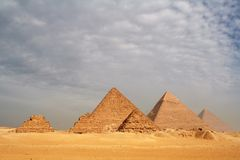 Les pyramides grandes Photos stock