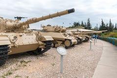 Les réservoirs se trouvent sur le chantier commémoratif près du musée blindé de corps dans Latrun, Israël image libre de droits