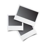 Les rétros cadres vides de photo sur le blanc ont isolé le fond Vecteur IL illustration de vecteur
