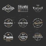 Les rétros insignes minimaux, labels de vintage pour stigmatiser projette Photos stock