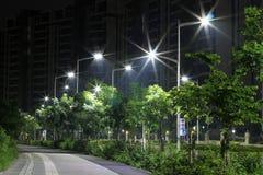 Les réverbères économiseurs d'énergie faits par la LED Images libres de droits
