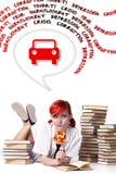 Les rêves de jeune fille de votre propre voiture Photos libres de droits