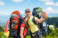 Les randonneurs font le selfie Photographie stock libre de droits