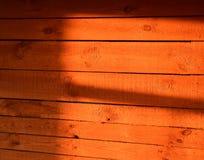 Les rayons du coucher de soleil de gare Image stock