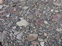 Les roches et l'appartement porté par pierres et lissent par nature photo stock