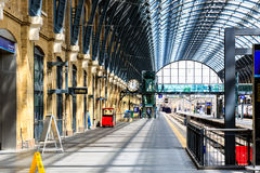 Les Rois Cross Station Platforms Photo stock
