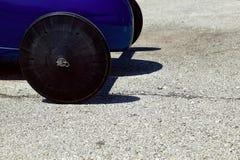 Les roues avant d'un savon enferment dans une boîte la voiture de Derby Photographie stock libre de droits