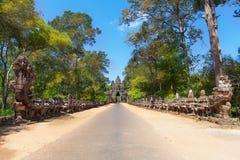 Les ruines antiques d'un temple historique de Khmer dans le compl de temple Photographie stock