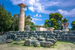 Les ruines d'Olympia antique, Grèce Voici avoir lieu le contact de la flamme olympique photographie stock