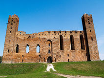 Les ruines d'un château médiéval d'Ordensburg construit par les chevaliers Teutonic, Radzyn Chelminski, Pologne Photos stock