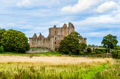 Les ruines de Craigmillar se retranchent dans Edingurgh, Ecosse images libres de droits
