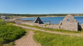 Les ruines de la maison de vieux sel mettent en communication la baie d'Eynon Gower Wales R-U Photographie stock libre de droits