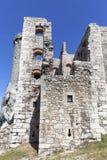 Les ruines du château médiéval du 14ème siècle, le château d'Ogrodzieniec, traînée d'Eagles niche, Podzamcze, Pologne Photographie stock