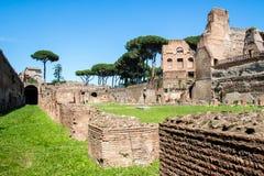 Les ruines du stade sur la colline de Palatine à Rome, Italie photos stock