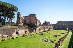 Les ruines du stade sur la colline de Palatine à Rome, Italie photos libres de droits