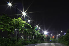 Les réverbères économiseurs d'énergie faits par la LED Images stock